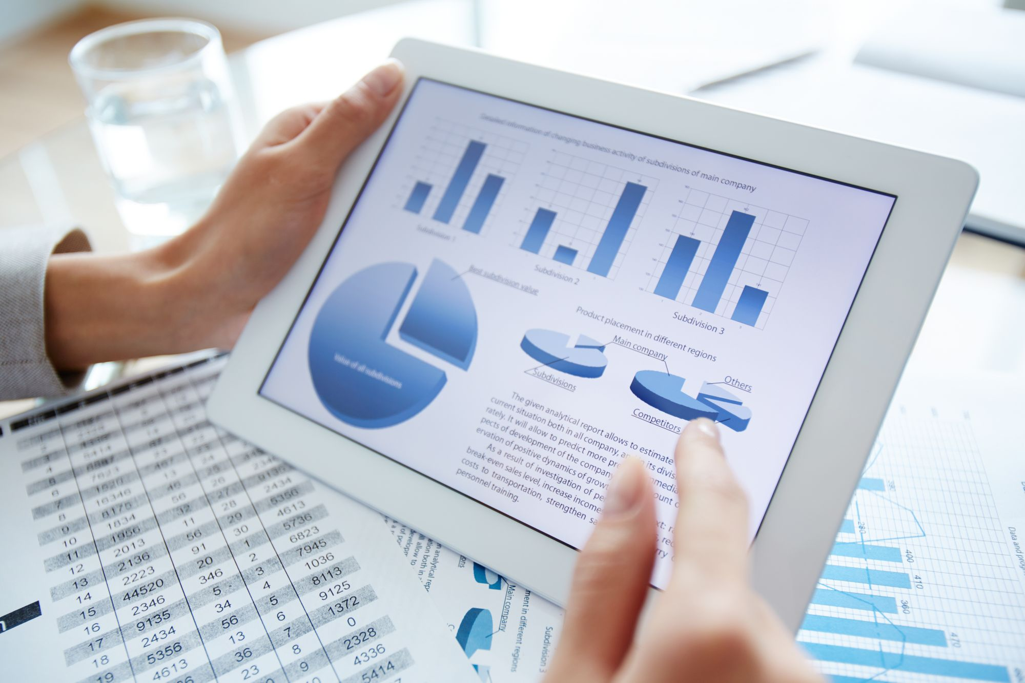 Online presentation tools can help you create polished client presentations